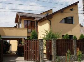 Bauer Apartment, Târgu-Mureş