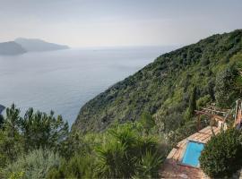 Villa La Residenza - A Mediterranean Oasis, Massa Lubrense