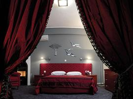 Ceragio Hotel & Apartments, Trípolis