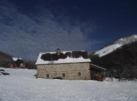 Les chalets de la forêt d'Issaux, Osse-en-Aspe