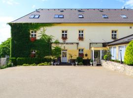 Hotel Château Mignon, Dubnica nad Váhom
