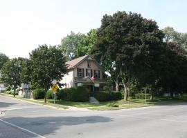 King Orchard Inn, Brockville