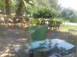 Hermess Hotel, Oren