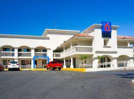 Motel 6 Carlsbad South, Carlsbad