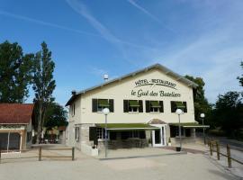 Le Gué des Bateliers, Fontaines