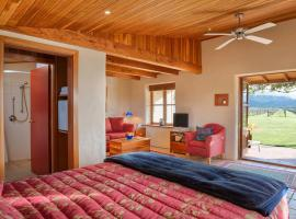 Straw Lodge Vineyard and Boutique Lodging, Renwick