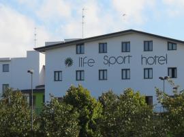 Life Sport Hotel, Mentana