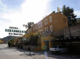 Hotel El Oasis, Carchel