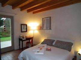 L'Isolo Bed and Breakfast, Monzambano