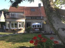 Villa Monfort, Champeaux