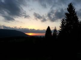 Mountain Sunset Vlasic, Vlasic