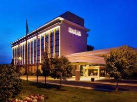The Hotel ML, Mount Laurel