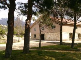 Hostel Almorchones, Navacerrada