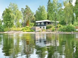 Four-Bedroom Holiday home in Hindås, Hindås