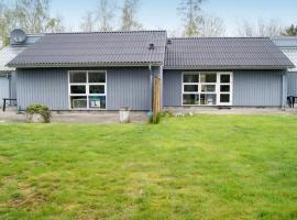 Four-Bedroom Holiday home in Rønde 2, Rønde