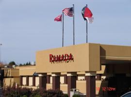 Ramada Hotel Charlotte Airport & Conference Center, Charlotte