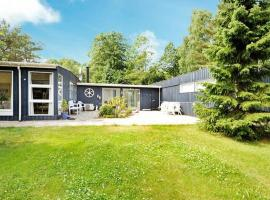 Three-Bedroom Holiday home in Silkeborg 6, Resendal