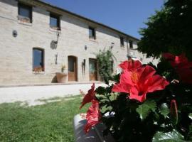 Villa Palombara, Castelvecchio