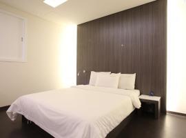 Zzam Hotel, Osan
