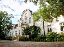 Pałac Zdunowo, Załuski