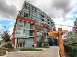 Pinnacle Suites - Chic Downtown Loft, Toronto