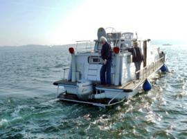 House Boat Catamaran, Jabel