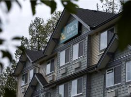 Quality Hotel & Suites Langley, Langley