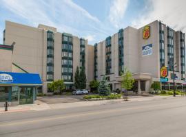Super 8 Niagara Falls - Fallsview District Hotel, Καταρράκτες του Νιαγάρα