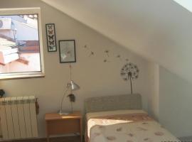 Rooms Keka, Belgrád