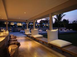 The Lombok Lodge, Tanjung