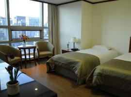 M Chereville Residence, Seul