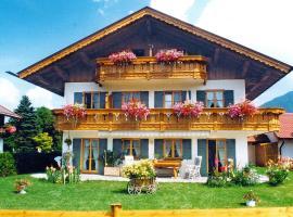 Ferienwohnung Alpenflora, Mittenwald