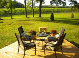 Vineyard Villa, Niagara-on-the-Lake