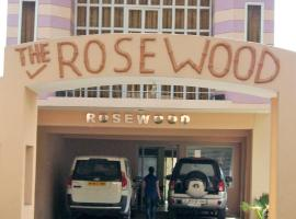 Rosewood Resort, Garjia