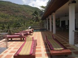 Villa Lilavadee, Taling Ngam Beach
