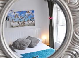 Motel Schmotel, Brighton & Hove