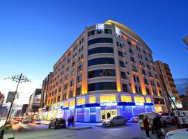 Avalon Altes Hotel, Van
