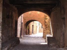 Borgo Vecchio, Sant'Angelo in Colle