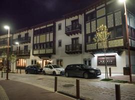 Anesis Hotel, Karpenísion
