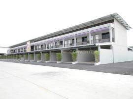 Eazy Motel B.a.n.g.n.a, Samutprakarn
