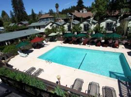 The Woods Resort - A Gay Friendly Resort, Guerneville