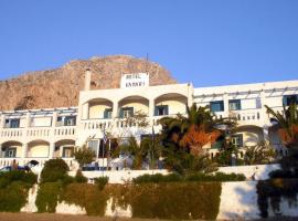 Hotel Kamari, Myrties