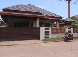 Comfortable Villa in Pattaya, Ban Huai Yai