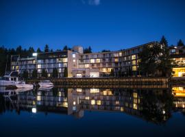 Oceanfront Suites at Cowichan Bay, Cowichan Bay