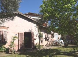 Casale Rita, Lucca