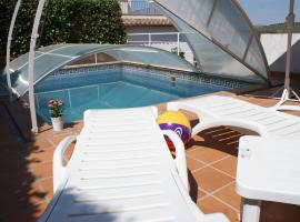 Ibiza Style Pool Villa in Sitges., Sitges