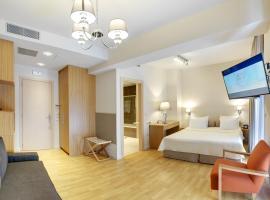 فندق فيدياس بيرايوس, بيرايوس