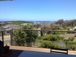 Lesueur's View Beach House, Gnarabup