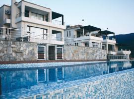 Four-Bedroom Holiday home with Sea View in Almiros Volos, Pteleós