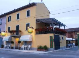 Passeggeri Club House, Cassine